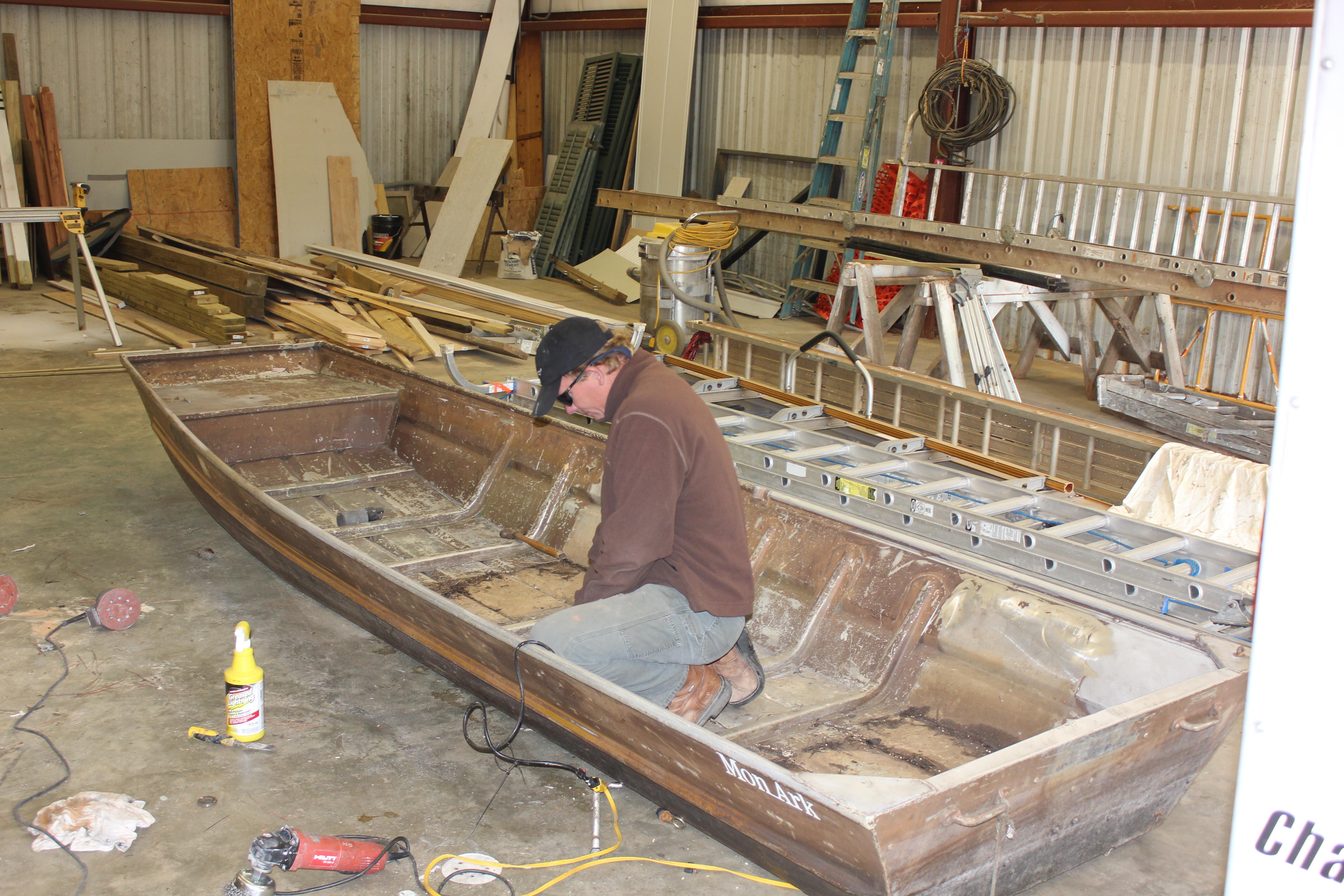 Diy plywood fishing boat ~ Sail
